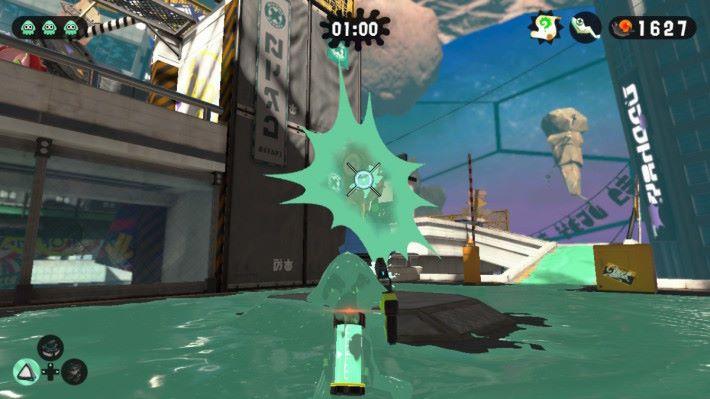 各位可以善用潛泳特性,游走到敵人背面進行快速的射擊。