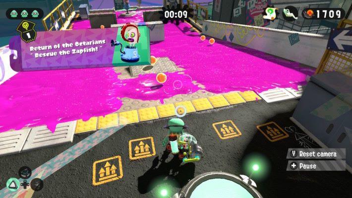 格靈機關槍發射前要進行儲力,玩家的移動與攻擊都較被動。