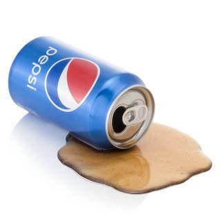 打翻的百事可樂。