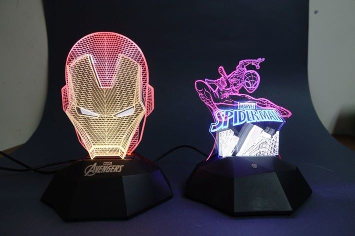 Ironman 與蜘蛛俠 3D 立體燈