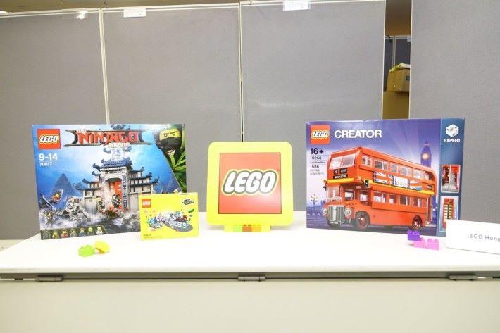 全球首先開賣的 LEGO 玩具