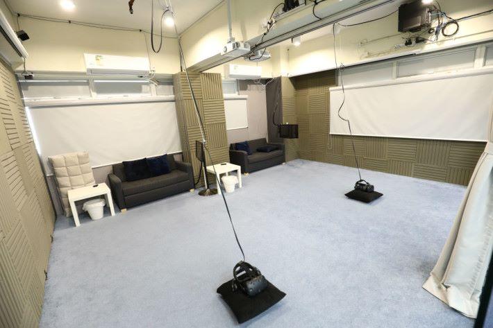 房間與房間可以打通一起玩,方便大家進行對戰。