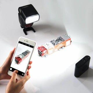 可使用 2.4GHz 無線的方式做引閃功能,控制同廠其他閃燈。