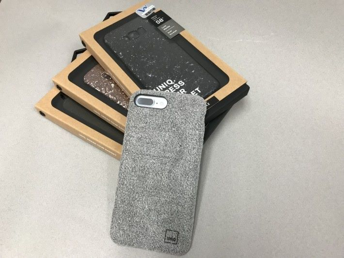UNIQ FELTRO Grey Hybird iPhone 7 Plus