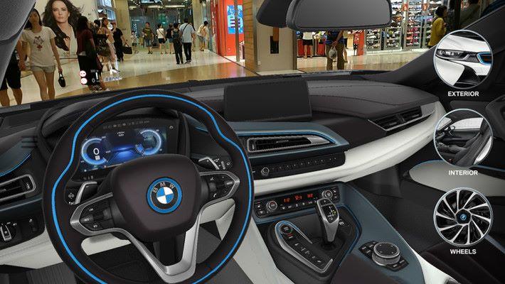行近車輛更可以打開車門睇睇內籠。