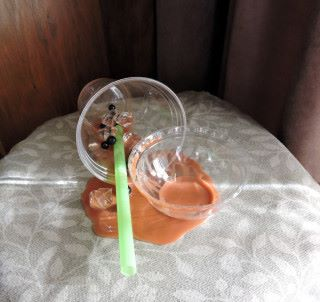 珍珠奶茶造得很真實,但杯蓋失分。