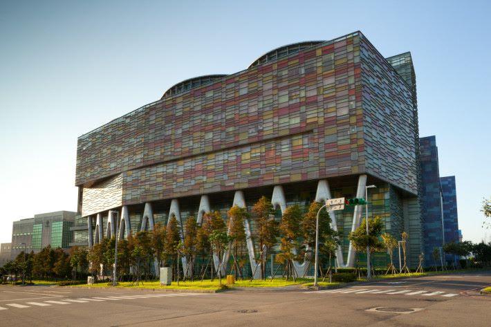 Micron 位於台灣桃園的工廠。