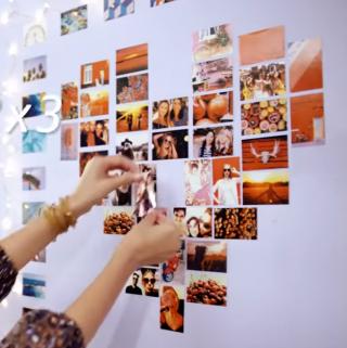 照片牆記載與朋友的幸福回憶。