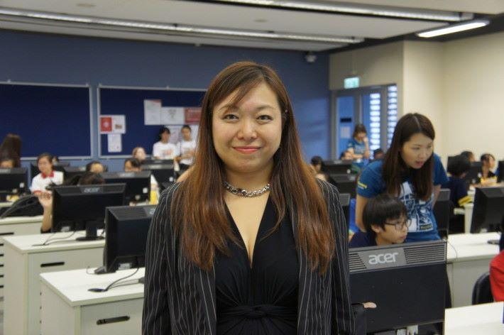 SevOne北亞太區銷售總監廖潔珊是當日活動講者兼評判,本身也是一位 女工程師,親身示範並以身作則。