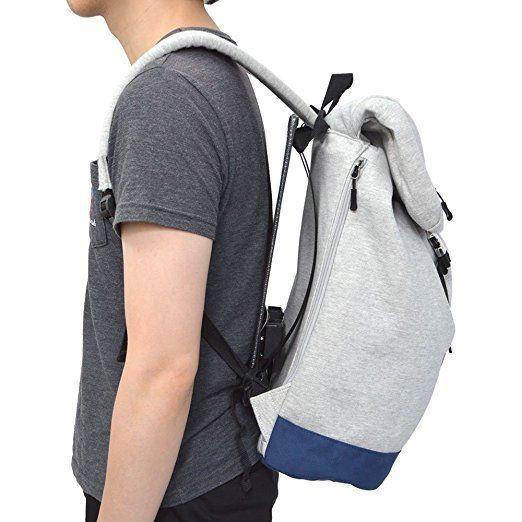 彈性金屬框架讓背包和背部騰出空間。