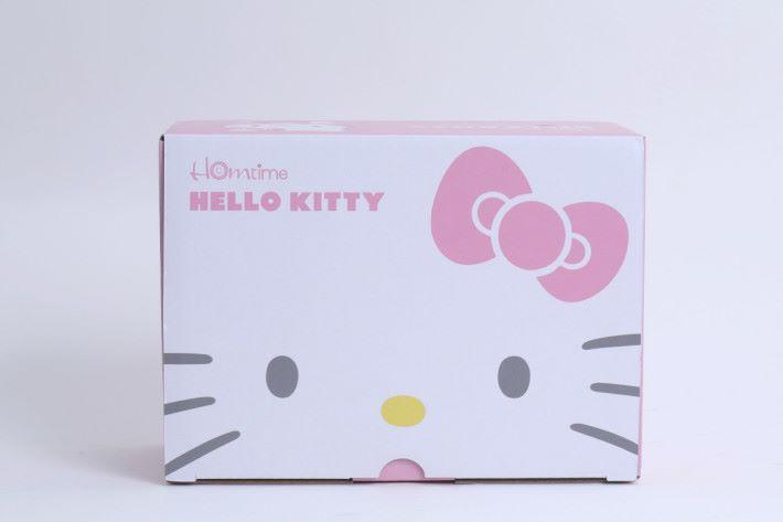 一看包裝就知道內藏 Hello Kitty 的產品了,就算不愛儲盒也會喜歡。