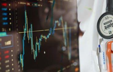 【Market Trend】金融服務和醫療業的數碼轉型差別