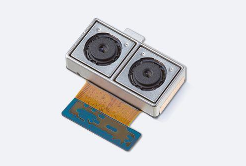 呢個就係 Samsung 自家製雙相機模組,除了有 OIS 功能,更有景深計算及提升昏暗環境影像質素等,應該用在 Note8上面啦?