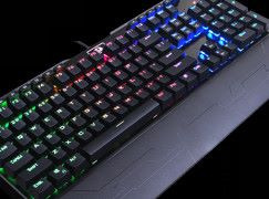 入門青軸電競鍵盤  REDRAGON INDRAH K555