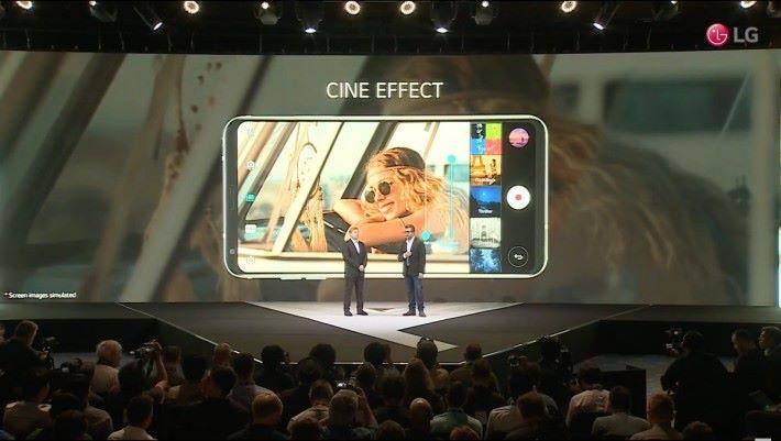 多種 Cine Effect 讓用戶輕易拍到具電影色彩的畫面
