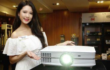 親民價 4K 投影機 Optoma UHD60