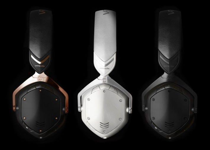 CROSSFADE 2 WIRELESS 有三種顏色可供選擇