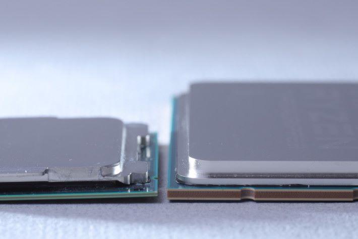1950X(右方)亦比 i9-7900X 明顯厚身得多。