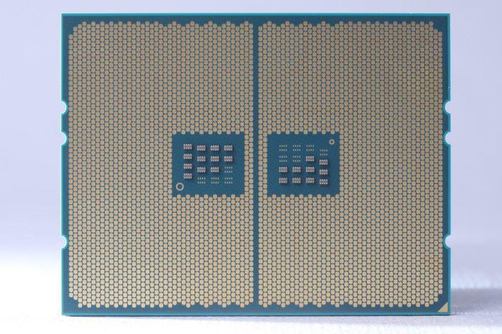 Ryzen Threadripper 是首款改用 LGA 封裝的 AMD 處理器,底部沒有針腳,金屬接點數目多達 4,094 個。