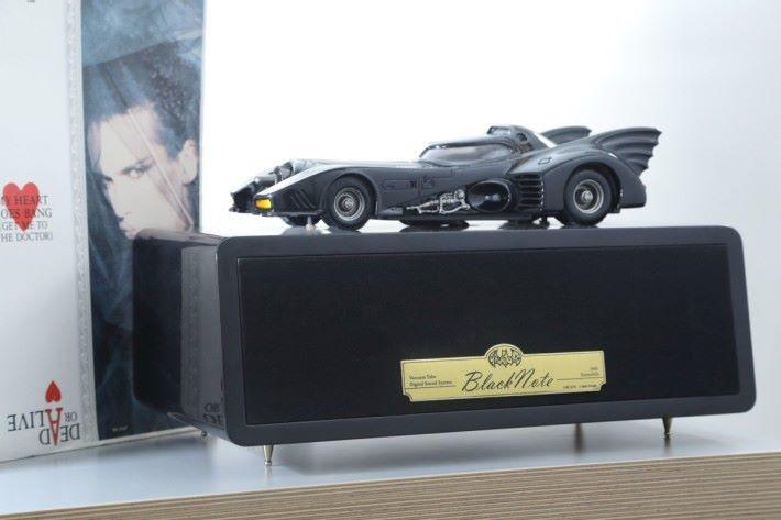 蝙蝠戰車造型的膽機