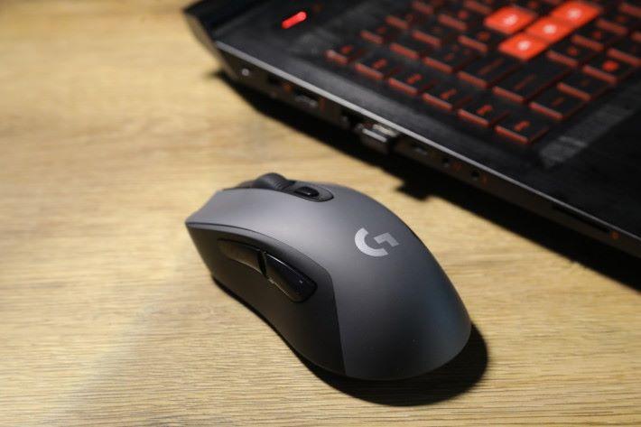 G603 也能透過 Logitech Gaming Software 自己設定 5 段 DPI 設定與 6 個可自訂按鍵。