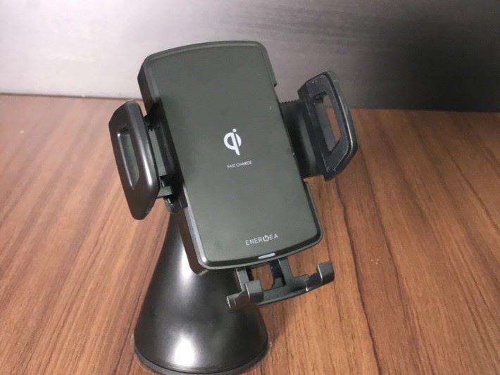 WIMOUNT 本身可作為汽車手機座使用。