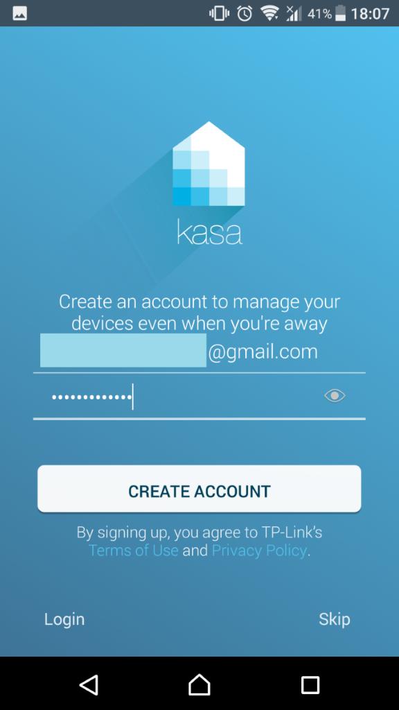 在 Kasa App 開設帳戶就能遙距控制燈光。