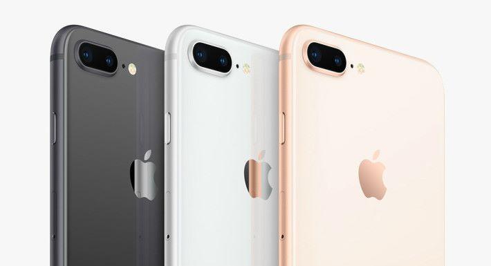 iPhone 8 的金色,實在一點金色的感覺也沒有。