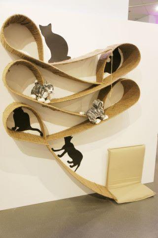 此作品名為「 Ribbon Shelf 」。