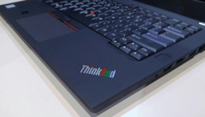 今次將 ThinkPad 的 Pad 字改以「RGB」三色印上。