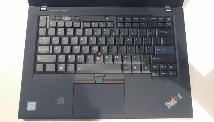 7 列鍵盤的重現相信會令到不少 Fans 都會重投 ThinkPad 懷抱!