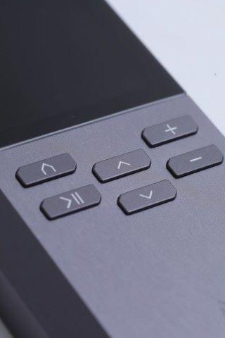 相比之下, AR-M200 的實體鍵較 Sony 及 AK 的觸控式遜色