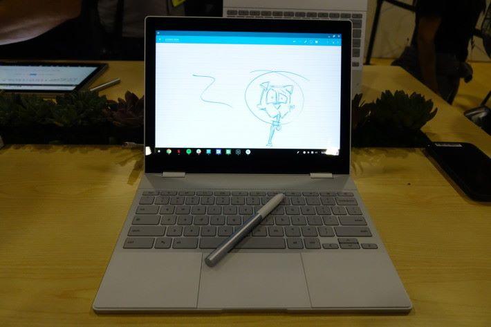 Google的Pixelbook,支援觸控制筆的ChromeOS手提電腦。觸控筆Pixelbook Pen具備2,048級壓力感應,配上人工智能改善筆觸表現。