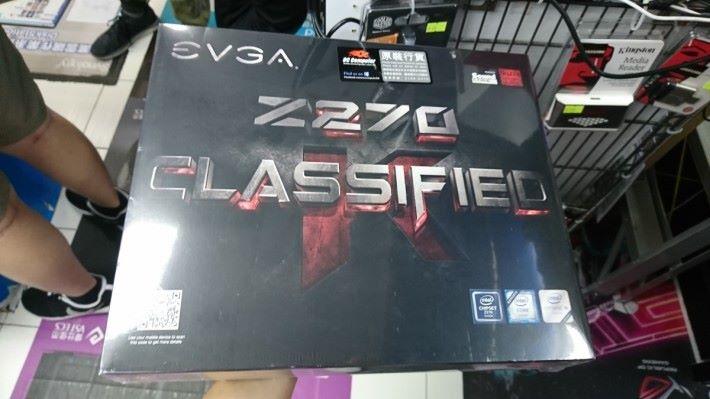 EVGA Z270 Classified 由 $17XX 減至 $9XX,幾乎半價!攝於 SE Computer。