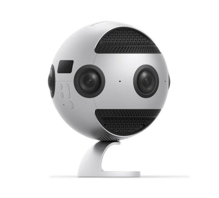 Insta360 Pro 拍到 8K 360 度相片,難怪可以幫 Google 街景服務盡力啦。