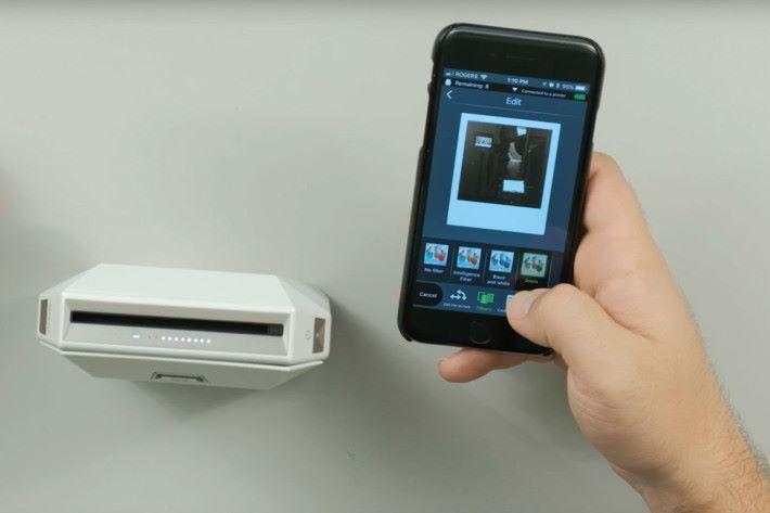 連接手機,作設定調整後,就可進行直接打印。