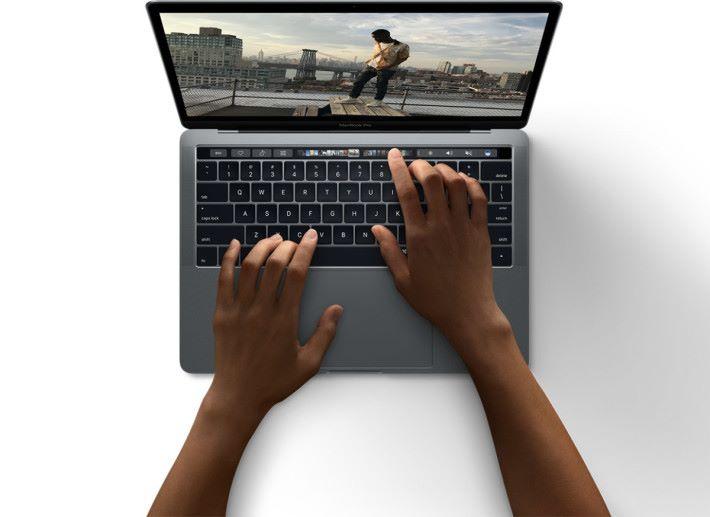 大家在使用電腦的時候,屏幕可能已經被人看得一清二楚了。
