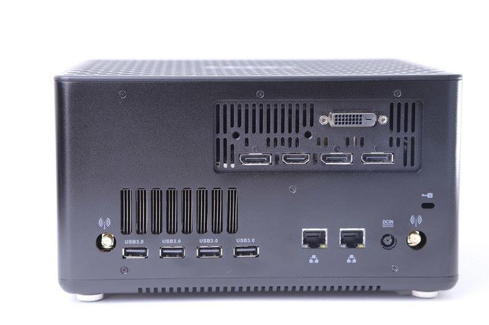 機身巧妙地容納NVIDIA GeForce GTX 1060 3GB GDDR5 顯示卡,足以應付高效能3D環境。
