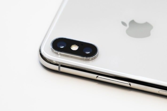 Apple 表示 iPhone X 的訂購獲得破紀錄的 550萬部