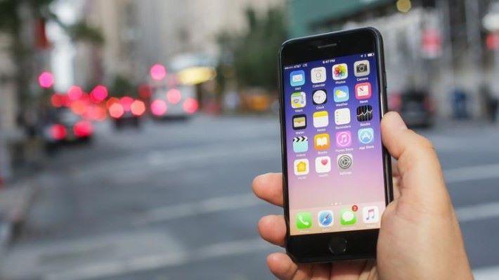 不少 iOS 11 的使用者都抱怨耗電的問題。