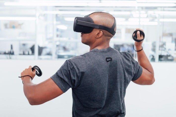 代號 Santa Cruz 的新一代 Oculus VR 裝置