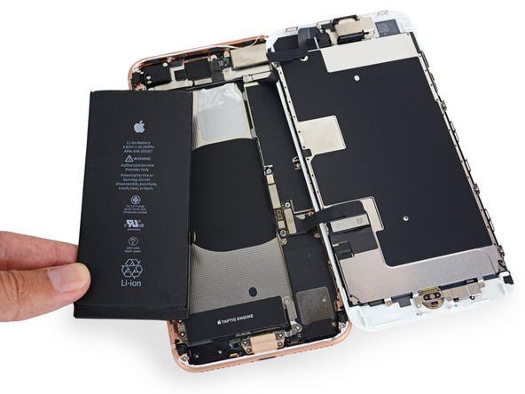 iFixit 表示涉事的電池為 Samsung 旗下 SDI 公司生產。