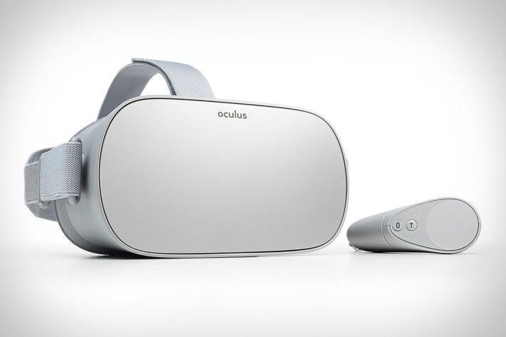 控制器能夠和 Samsung Gear VR 互通使用。
