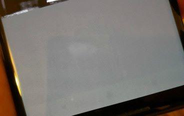 買水貨要諗諗 Pixel 2 XL 出現「燒 Mon」情況