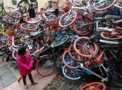 中國共享單車成災 摩拜單車與中國政府達成協議制定統一標準