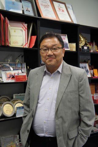 香港中文大學工程學院副院長黃錦輝教授對創新、科政及政府政策有深入研究。