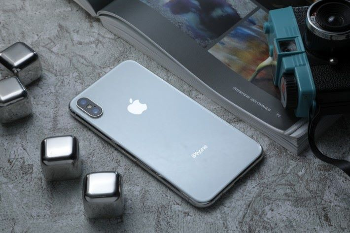 在 Apple 正式發表之前,很多人以為 iPhone X 的名字是 iPhone 8