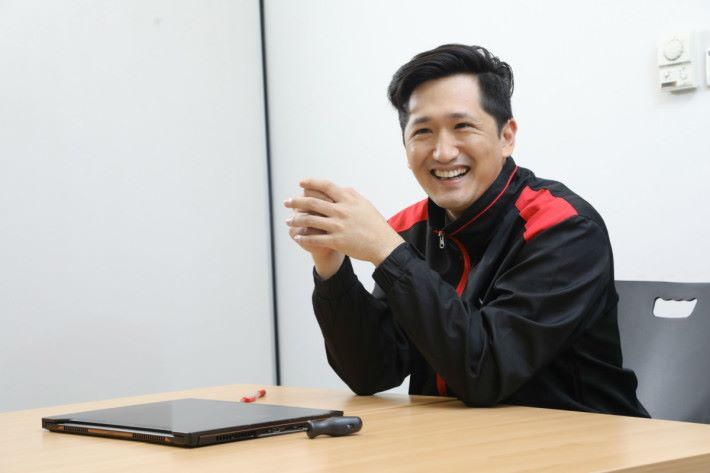 感謝 ASUS 產品經理 Jack Huang 接受訪問。