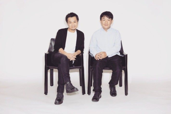 CASH 社長光本勇介(左)和 DMM 片桐孝憲(右)兩人都不過是 30出頭。