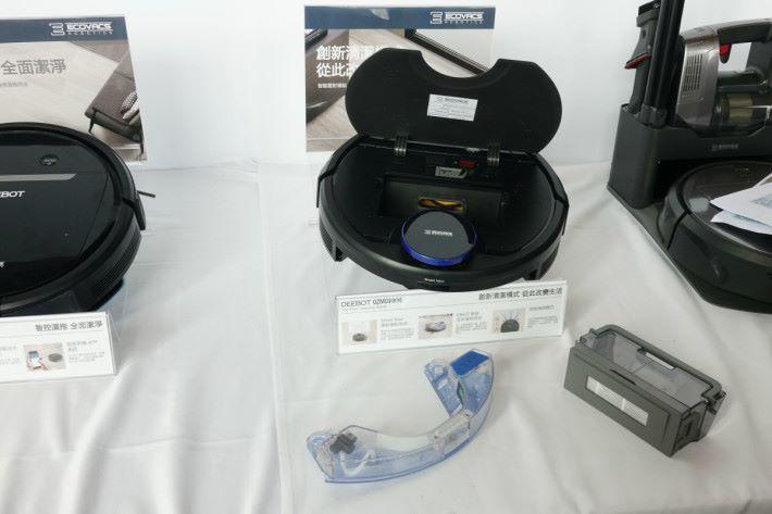 內置塵盒配備高效過濾網,以過濾細微粉塵毛屑。